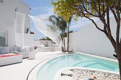 piscina de microcemento blanco - ¿Microcemento en la terraza? 5 ideas para introducirlo sin problemas