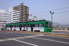 相生橋を走る路面電車 (c)MASAO ISHIHARA/SEBUN PHOTO