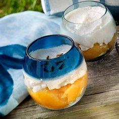 Tarta de limón y merengue Sweet Recipes, Wine Glass, Panna Cotta, Pudding, Cooking, Tableware, Ethnic Recipes, Desserts, Food