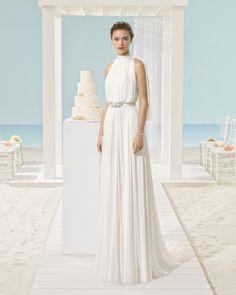 XANTINA vestido de novia Aire Barcelona Beach Wedding 2017