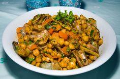 Chickpea salat with Artischok Kichererbsensalat mit Artischocken http://www.vivalasvegans.de/rezepte/salate/kichererbsensalat-mit-artischocken/