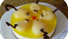 Tarta de queso, con ratoncitos de pera