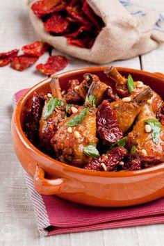 עוף בעגבניות לחות, ג'ינג'ר ודבש בחוות תקוע-צילום בועז לביא