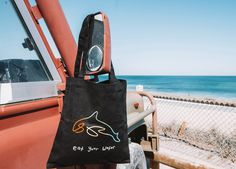 Our Keiko Tote bag is made from heavy duty Cotton Canvas. Featuring a line drawn Orca/Killer Whale, it is a customer favourite.