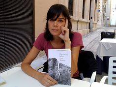 """Entrevistamos a Lara Moreno, Nuevo Talento de Literatura FNAC, que nos deslumbra con su primera novela, """"Por si se va la luz"""""""