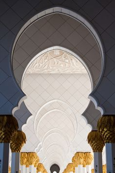 Columns at Sheikh Zayed Grand Mosque, Abu Dhabi