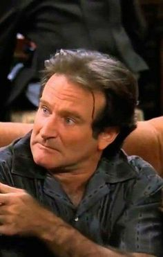 "Robin Williams on ""Friends"" Amazing People, Good People, Rockin Robin, Robin Williams, Man Humor, My Best Friend, I Laughed, Famous People, Temple"
