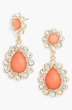 Gorgeous pop of coral! These BaubleBar teardrop earrings will sparkle in prom photos.