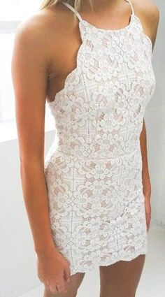 Sleevless White Lace Dress