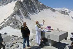 """Lino Zani ha portato i suoi """"amici"""" in montagna sui luoghi della Grande Guerra e di Giovanni Paolo II"""
