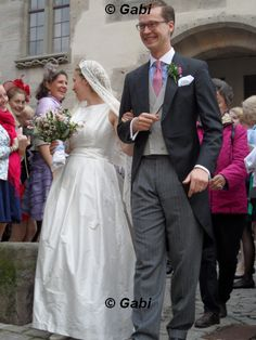 Prince Heinrich XXIV Reuss and Countess Dorothea zu Castell-Castell tied the knot in a catholic ceremony at St Veit Church in Iphofen, Germany, on 21 September. The groom was born in 1984 as son of Prince Heinrich X Reuss and his first wife Baroness Elisabeth Åkerhielm af Margrethelund. The bride was born in 1985 as daughter of Count Alexander zu Castell-Castell and his first wife Marion Stepp.