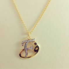 Alphabet Necklace, Initial Necklace, Washer Necklace, Alphabet Names, Alphabet Letters Design, Stylish Alphabets, Cute Wallpaper For Phone, Baby Wallpaper, Butterfly Wallpaper
