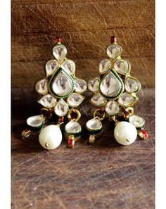 Elegant Kundan Earrings MAE268e
