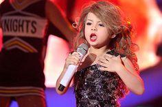 Imagem: Menina de 7 anos faz cover de Taylor Swift