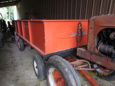 Orange Allis Chalmeers wagon