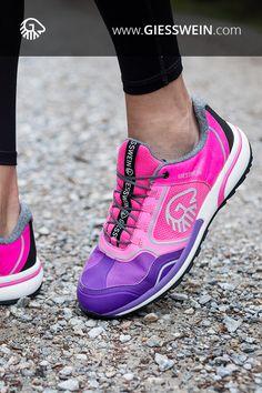 Wool Cross X - Merino Sportschuh High Fashion, Female Fashion, Womens Fashion, Jimmy Choo, Kinds Of Shoes, Walking, Fitness Fashion, Adidas, Wool