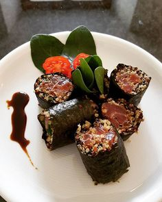 Tuna sushi with quinoa. #foodstagram #food #foodstyling #sushis #cooking #cookforlife #momfood #momcook #healthy #healthyfood #food #foodporn #foodstylist #foodstagram #foodie #mystyle #me #lovecooking #followforfollow #followme