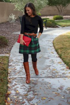 Skirts with boots, skirt with tights, skirt boots, thick tights, flannel sk Winter Boots Outfits, Fall Outfits, Casual Outfits, Cute Outfits, Outfit Winter, Flannel Skirt, Plaid Skirts, Plaid Flannel, Outfits