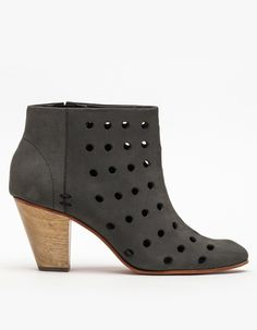 Dazze in Charcoal Perforated