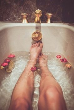 Five wonderful super simple home-made recipes to create your Home Spa, that are easy and delicious.