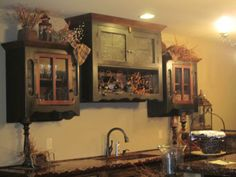 Love Primitive Peddler....Beautifully displayed items, wonderful staff, smells great and everything you could want in primitive furniture....