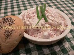 Křenová pomazánka s Herkulesem – Maminčiny recepty Camembert Cheese, Dairy, Food, Essen, Meals, Yemek, Eten