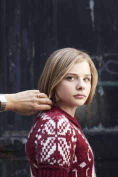 Chloe Grace Moretz: Well, it's not her HAIR I'd be fiddling with. );D <3<3