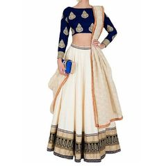 In love with the simplicity of this HD&GD Studio lehnga! Long fitted sleeves create just the right balance with the crop top and voluminous skirt.