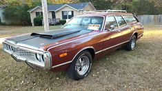 Station Wagon Muscle: 1972 Dodge Coronet Crestwood - http://barnfinds.com/station-wagon-muscle-1972-dodge-coronet-crestwood/