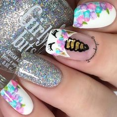 Floral nails are perfect for the spring and this design is easier than it looks. Click above for 39 more easy spring nail art. Cute Nail Art Designs, Nail Designs Spring, Beautiful Nail Designs, Tor Nail Designs, Animal Nail Designs, Disney Nail Designs, Cute Summer Nail Designs, Spring Design, Trendy Nails