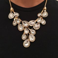 BaubleBar Crystal Statement Necklace Beautiful and in perfect condition? Such a stunner in the light - so sparkly! BaubleBar Jewelry Necklaces