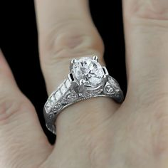 The details on this China Engagement Ring are insane!