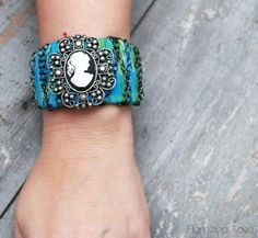diy+cuff+bracelets   Chained Cameo Cuff - Quick Bracelet Tutorial »Flamingo Toes