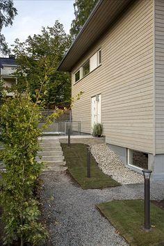 SMESTAD - Nyoppført funkisenebolig med garasje og sep. inng.