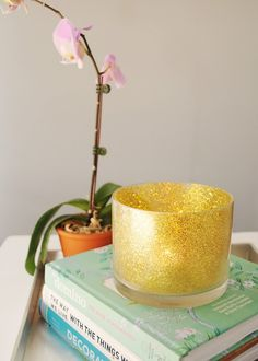 DIY: glitter candle holder