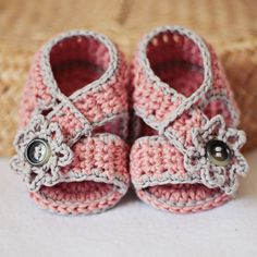 Baby Booties Crochet PATTERN pdf file Diagonal by monpetitviolon. $3.99, via Etsy.