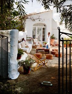 Weekend escape: a Villa on the Spanish island of Menorca -places to sit around