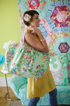Amy Butler's Love Fabrics with The Cosmo Bag from Style Stitches