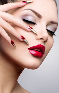 Manicure and Make-up. Beautiful Woman With Red and Golden Nails and Luxury Makeup. Beautiful Girl Face and Hand - stock photo Red Lip Makeup, Skin Makeup, Beauty Makeup, Makeup Geek, Beautiful Lips, Stunning Eyes, Gorgeous Makeup, Glossy Lips, How To Apply Makeup