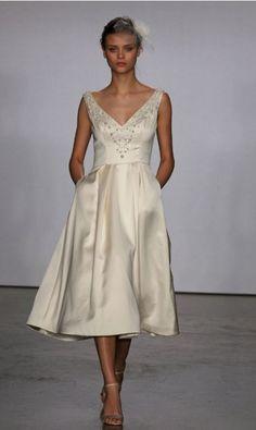 38 Elegant Retro Tea-Length Wedding Dresses | Weddingomania