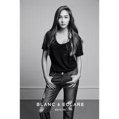 "58.1 mil Me gusta, 822 comentarios - BLANC & ECLARE (@official_blancgroup) en Instagram: ""Oversized #Newport tee + #YalongBay boyfriend jeans = tomboy sexy. www.blancgroup.com #blancgroup…"""