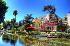 Venice Canals, California Pinning made easy! http://www.pinny.co Pin any photo in any website with a click.