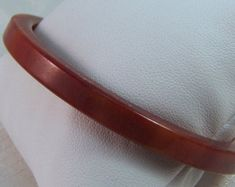 Excellent vintage set of two red marbled bakelite bangle bracelets. Bangle Bracelets, Bangles, Marble, Art Deco, Buy And Sell, Red, Handmade, Stuff To Buy, Accessories