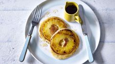 Flip your morning upside down with 's quick and easy pineapple pancakes. Search for Upside down pineapple pancakes on… Pineapple Upside Down Pancake Recipe, Pineapple Pancakes, Pancake Recipe Bbc, Nadiya Hussain Recipes, Tasty Pancakes, Instant Recipes, Brunch, Food And Drink, Favorite Recipes