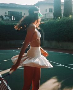 Young And Rich, Celebrity Photographers, Tennis Match, Sport Body, Sporty Chic, Rich Girl, Sport Girl, Female Bodies, Cheer Skirts