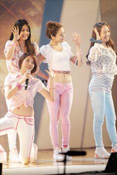 Girl's Day 2010 / Yura, HyeRi, JiHae and MinAh