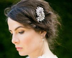 Art Deco Inspired Wedding Hair Comb Robyn by JulesJewellery Vintage Hair Accessories, Wedding Hair Accessories, Vintage Hairstyles, Wedding Hairstyles, Wedding Decorations For Sale, Retro Updo, Classic Wedding Hair, Hair Grips, Hair Comb Wedding
