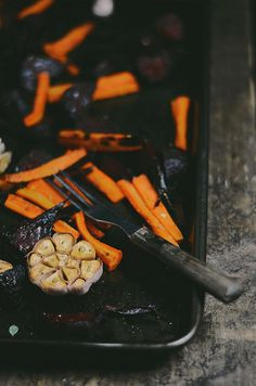 oven roasted beets and carrots with coriander #glutenfree #vegetarian #vegan