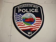 STURGEON BAY POLICE DEPT SBPD STFLAG RWB BOAT SHIP NICE VINTAGE WISCONSIN PATCH