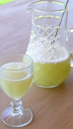 Cheesy Recipes, Clean Recipes, Easy Healthy Recipes, Healthy Snacks, Ginger Lemonade, Fruit Salad Recipes, Healthy Juices, Non Alcoholic Drinks, Juice Cleanse